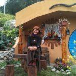 Edith-Lesley-Foley-hobbit-house-1